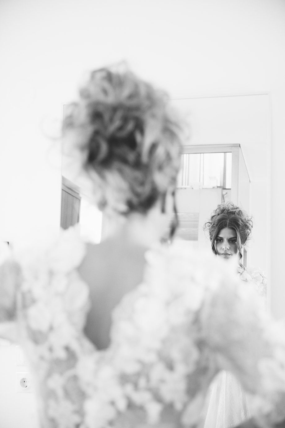White Zeppelin Wedding Photography 339