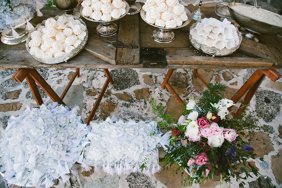 White Zeppelin Wedding Photography 684