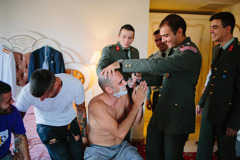στρατιωτικός γάμος